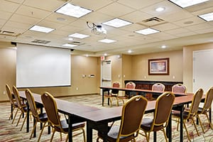 Peoria Hampton Inn Meeting Room